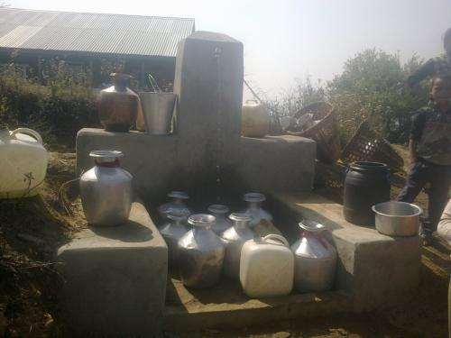 Water collection by water lifting in Lose community
